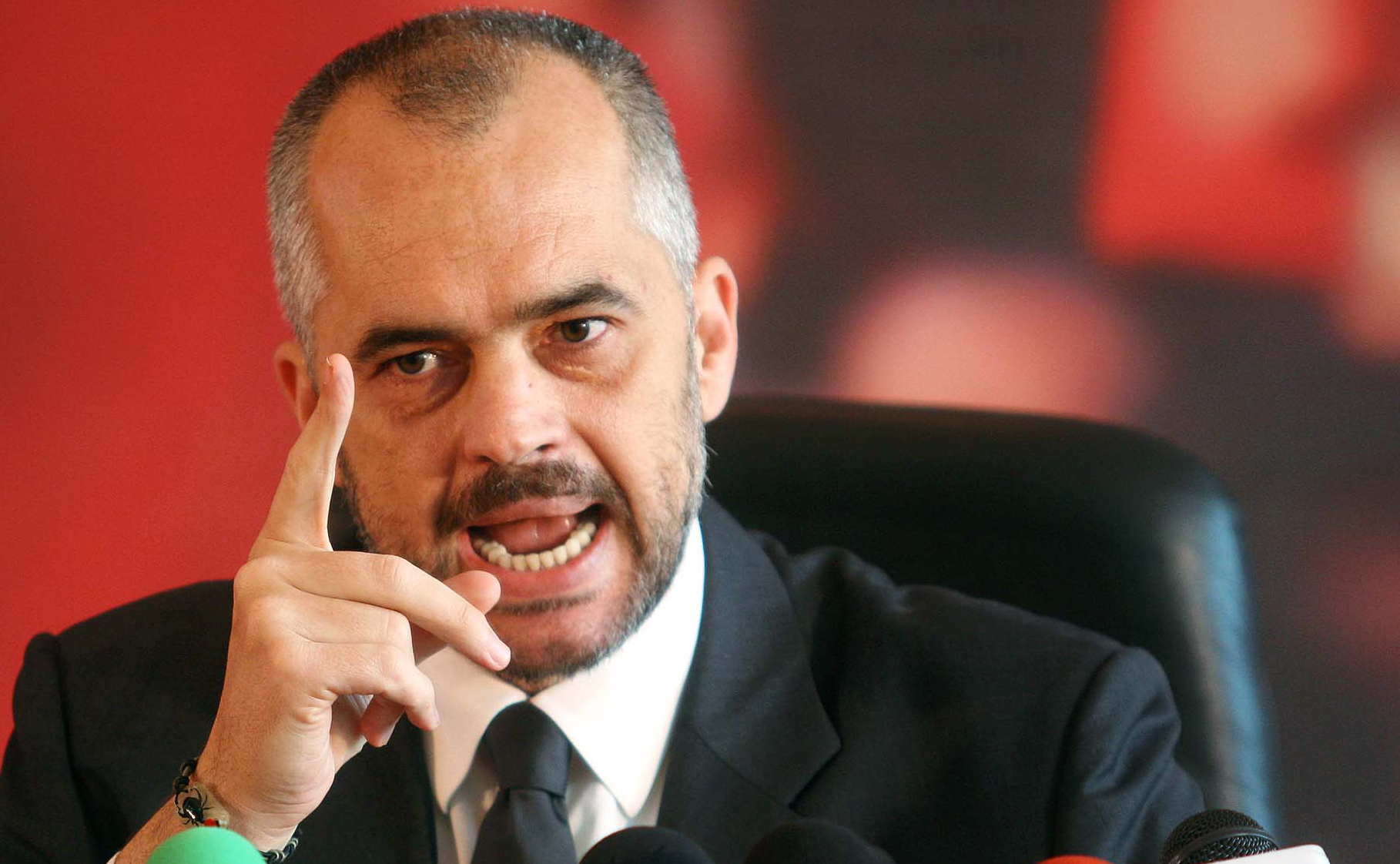 "PM Rama to Albanian journalists: ""While the prosecution is from stone age, you are stupid."""