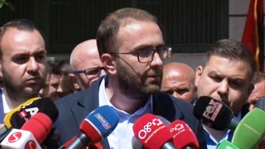 Edi Rama po i vendos një tjetër damkë Shqipërisë, atë të burgosjes politike të opozitës.