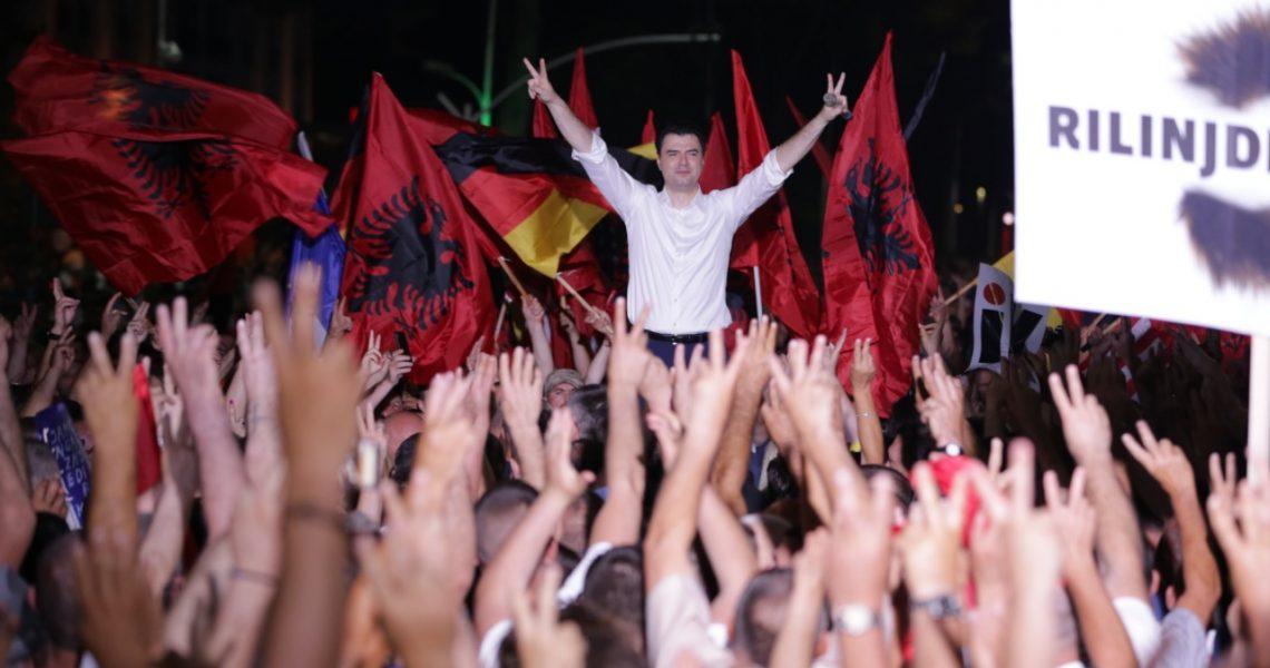 Basha: Nuk ka burrë dhe grua shteti që nuk e di se çfarë banditi është kryeministri i Shqipërisë