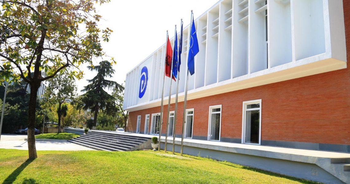 Grupi i ekspertëve të ekonomisë dhe financave në PD, takim online me drejtues të misionit të FMN-së