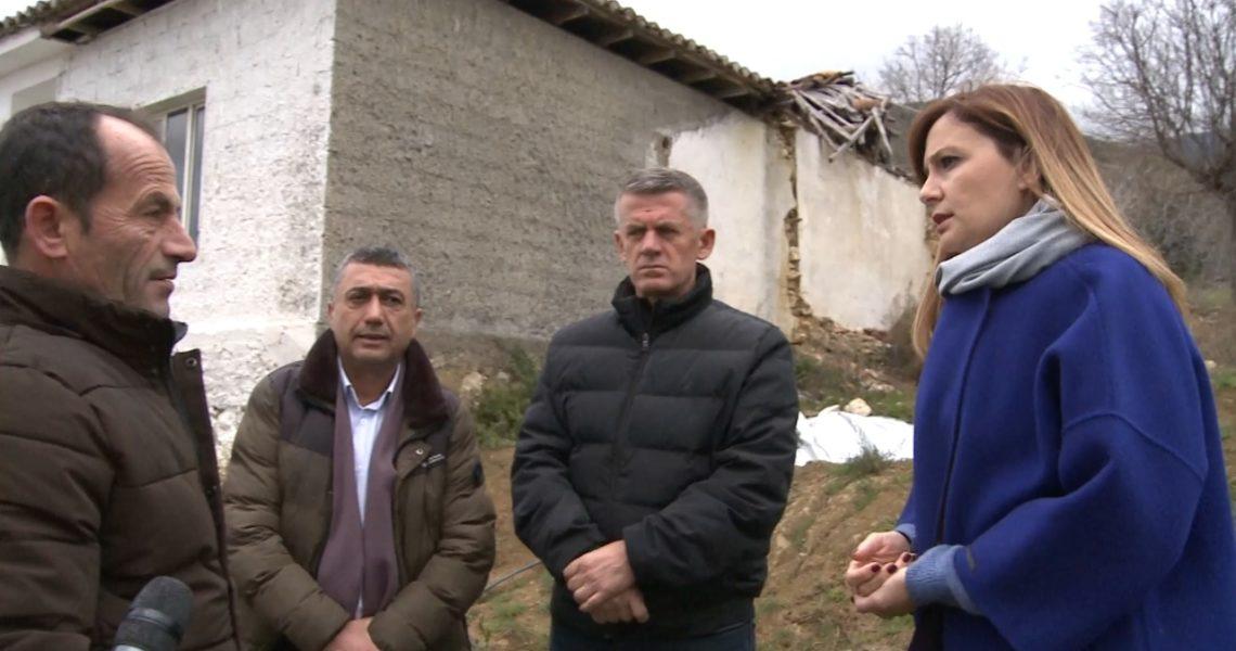 """""""Bashkia nuk jep asnjë zgjidhje"""", Kryefamiljari invalid tregon mashtrimet për rindërtimin e shtëpisë nga tërmeti."""
