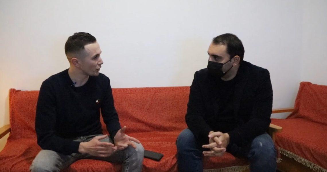 Sfida e një studenti në Tiranë, Klajdi Caca: Mësimi online dështim.