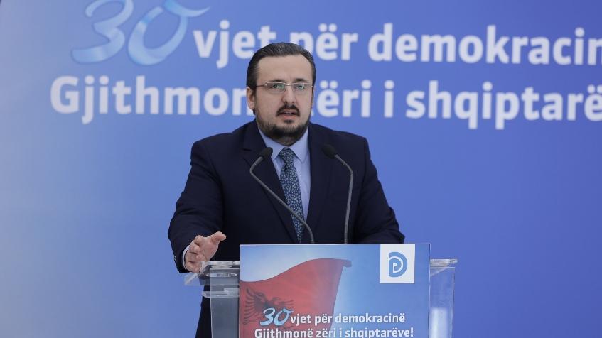 Teliti: Rama rriti taksat për shqiptarët. Më 25 Prill ai humb, Shqipëria fiton