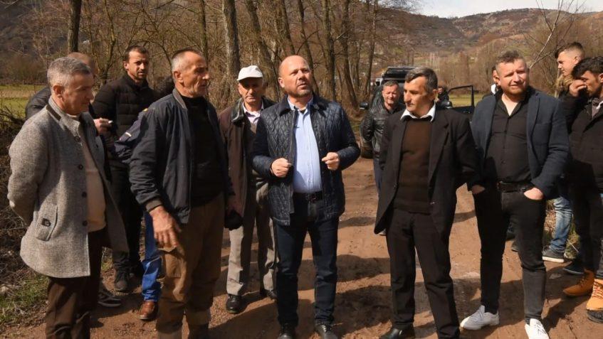 Luznia e Dibrës pa rrugë, për 8 vjet mijëra banorë të izoluar e të braktisur, Xhelal Mziu: T'i japim fund me votë dështimit Rama